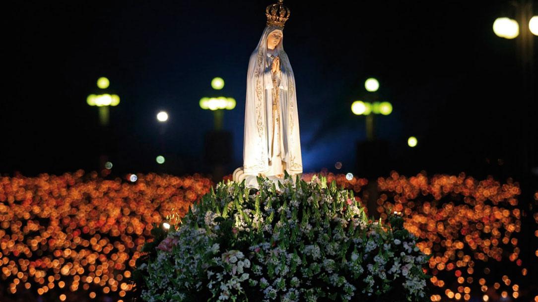 Trilhar, com Maria, os passos de Cristo