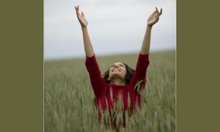 Deus é alegria infinita.